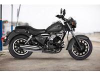 KEEWAY SUPERLIGHT 125 CC MOTORBIKE. BRAND NEW. MATT BLACK COLOUR IN STOCK.