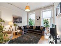 Grey & Black - Fabric - Corner Sofa - Excellent Condition