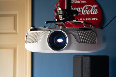 Epson Powerlite Home Cinema 5040UB 4K HDR 3D Projector