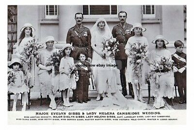 mm910 - Lady Cambridge Wedding Day Group - Royalty photo 6x4