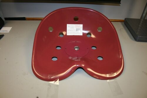 NEW UNIVERSAL RED PRIMER COATED REPLACEMENT STEEL PAN TRACTOR SEAT (138)