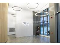 1 bedroom flat in Arena Tower, Canary Wharf, E14
