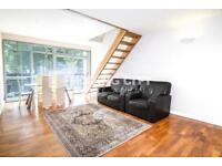 2 bedroom flat in West London Studios, Fulham SW6