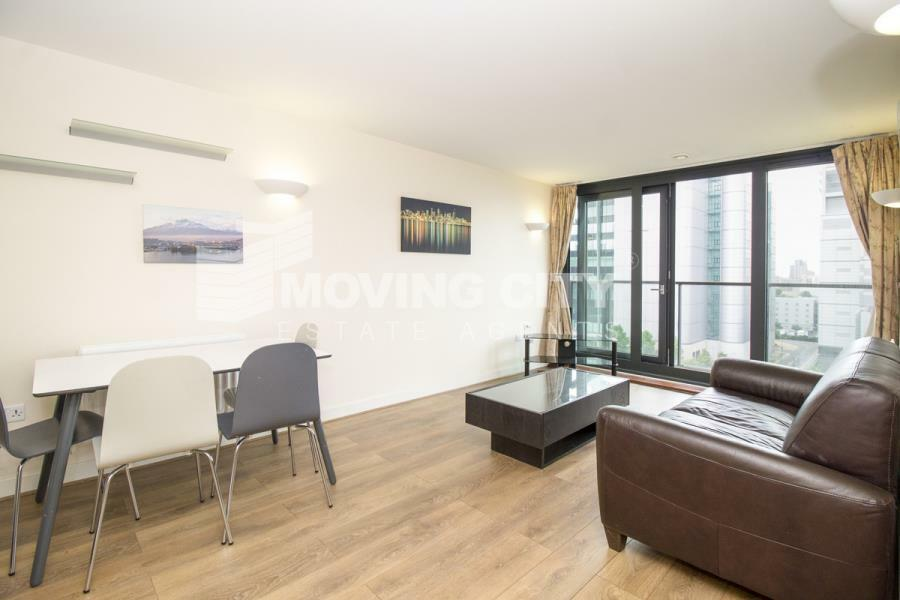 1 bedroom flat in Elektron Tower, Canary Wharf, E14