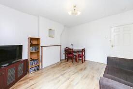 3 bedroom flat in Browning Street, London, SE17