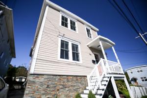 Renovated 1BR + Den Upper Flat Dartmouth!