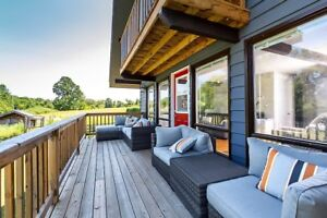 Calabogie Waterfront Cottage - with POOL!
