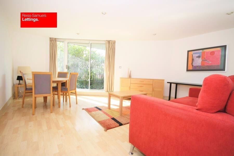 BEAUTIFULLY PRESENT 1 BED AVAILABLE NOW IN NOVA BUILDING E14 CANARY WHARF-GATED-GYM-CONCIERGE