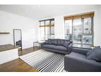 3 bedroom flat in Old Street, EC1V