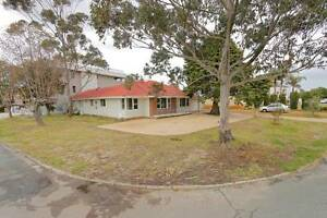 43 Parkside Ave, Mt Pleasant, 5x2, Rossmoyne zone Mount Pleasant Melville Area Preview