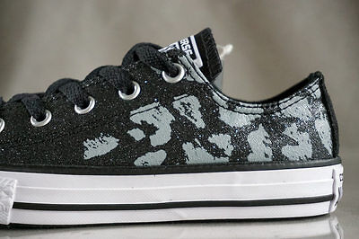 CONVERSE ALL STAR CHUCK TAYLOR OX LOW shoes for girls, NEW, US size (YOUTH) 1](Chuck Taylor Shoes For Girls)