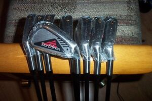 BRAND NEW Spalding Tour Edition 3-pw irons  Graphite shaft RH