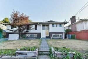 12518 PINEWOOD CRESCENT Surrey, British Columbia