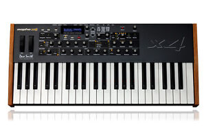 Dave Smith Instruments Mopho x4 Polyphonic Analog Keyboard/44 key synth//ARMENS