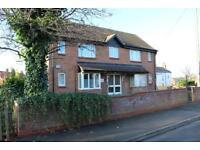 1 bedroom flat in Redhall Crescent, Beeston LS11