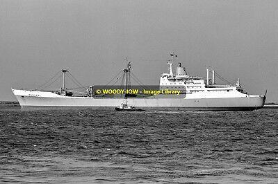 mc1557 - Ben Line Cargo Ship - Benledi , built 1965 - photo 6x4