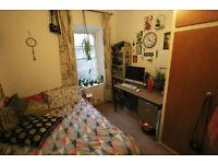 Single room available off whiteladies rd in Flatshare (Short deadline)