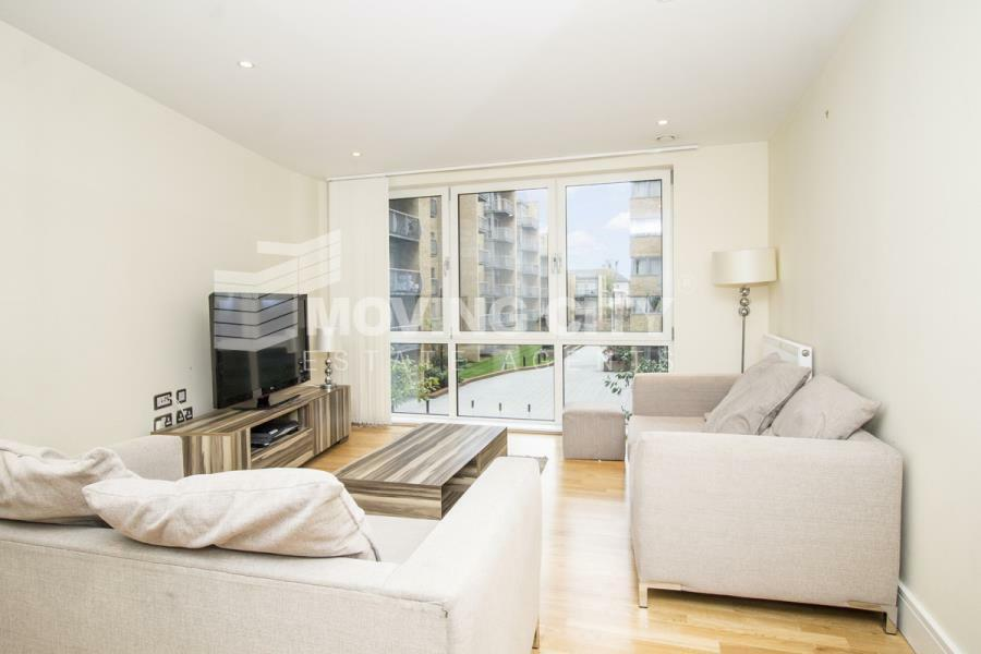 3 bedroom flat in Indescon Square, Canary Wharf, E14