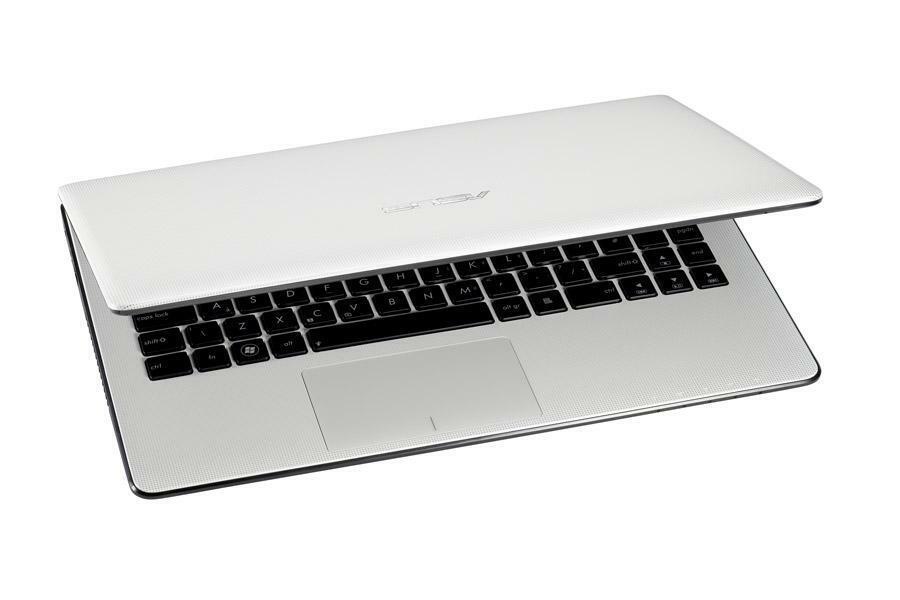 Laptop Windows - Asus Laptop X501U - AMD C-60 APU - 2gb Ram - 500gb HDD. Windows 10 Pro
