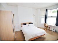 A generously sized, fully furnished double room in Barons Court W6