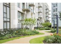 2 bedroom flat in Lillie Square, Earls Court, SW6