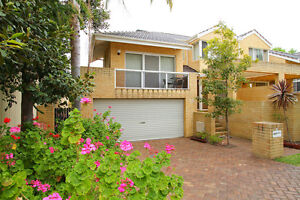 Room for rent APPLECROSS walk buses and trains ! Applecross Melville Area Preview
