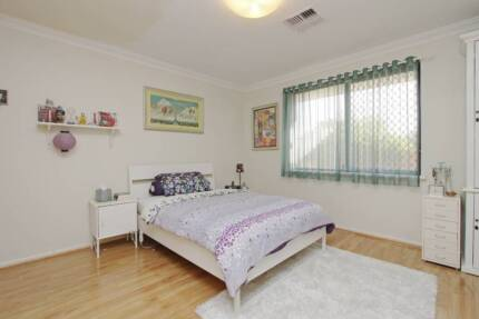 Nice and big master room near Curtin University
