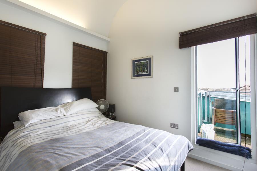 2 bedroom flat in blueprint apartments balham sw12 in clapham 2 bedroom flat in blueprint apartments balham sw12 malvernweather Image collections
