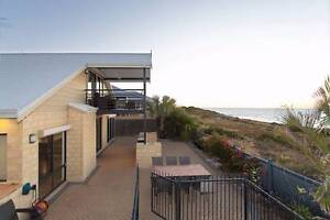 HOLIDAYBEACHFRONT FOR UP TO 14 PEOPLE ONLY 1-HOUR  FROM PERTH ! Halls Head Mandurah Area Preview