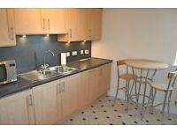Appin Street, Slateford, Furnished 2 Bedroomed 2nd-floor Flat