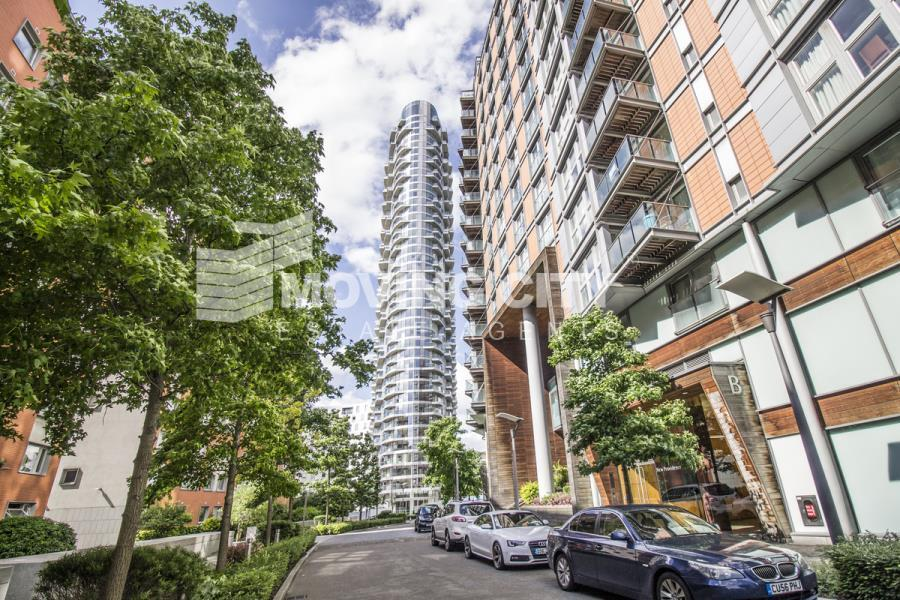 1 bedroom flat in Ontario Tower, Canary Wharf, E14
