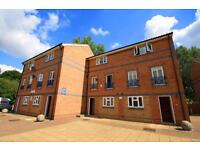 CALLING ALL SHAERES 6 BEDROOMS 3 BATHROOMS TOWNHOUSE IN CANARY WHARF NEXT TO MUDCHUTE DLR STATION
