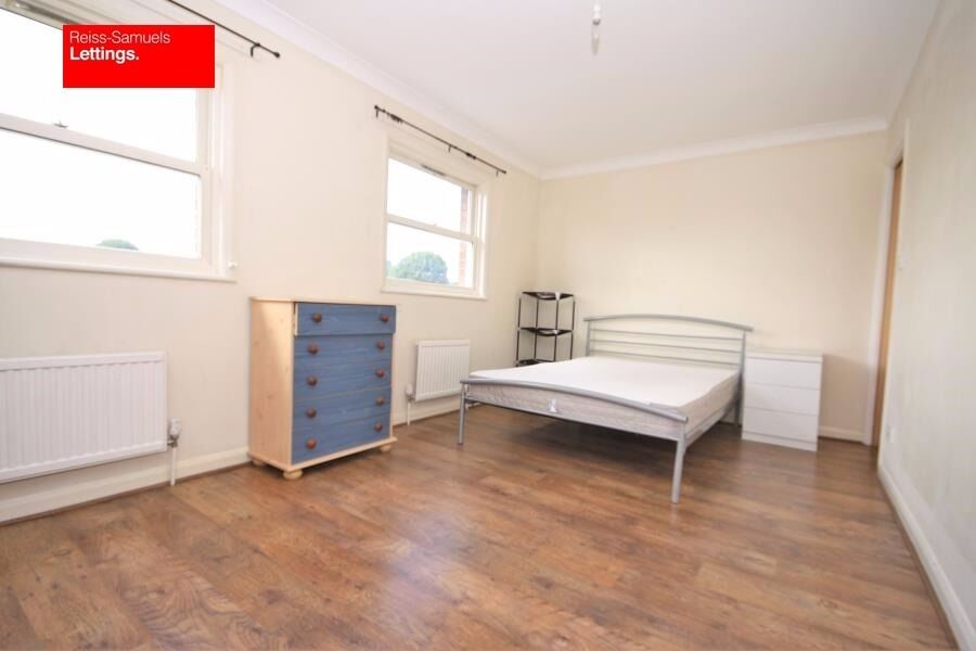 GREENWICH STUDENTS-BOOK NOW-4 BED-3 BATH TO RENT IN LOCKESFIELD PLACE-FURNISHED CALL TODAY
