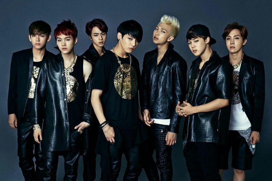 BTS [DARK & WILD] 1st Album CD+Photo Book+2p Photo Card+GIFT CARD K-POP SEALED