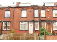 2 bedroom house in Hardy Terrace, Beeston, LS11