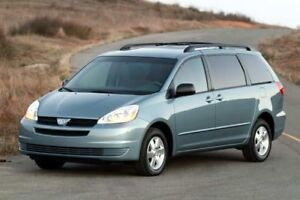 Mini-Van available for taxi rides in GTA3 rows, very reasonable