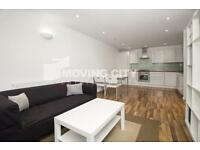 1 bedroom flat in Chicksand Street, Shoreditch, E1