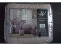 LUXURY EMBROIDERED QUILTED BEDSPREAD KING SIZE NEW