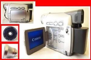 CANON DIGITAL CAMCORDER  MV800i  EXTRA LENS, BATTERY DVC CASSETTE