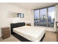 2 bedroom flat in The Spaceworks, The Spaceworks, Aldgate East, E1