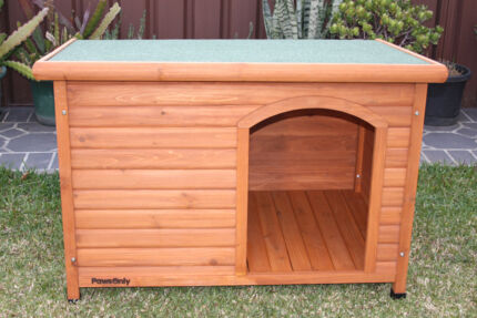 NEW Timber Dog House / Dog Kennel