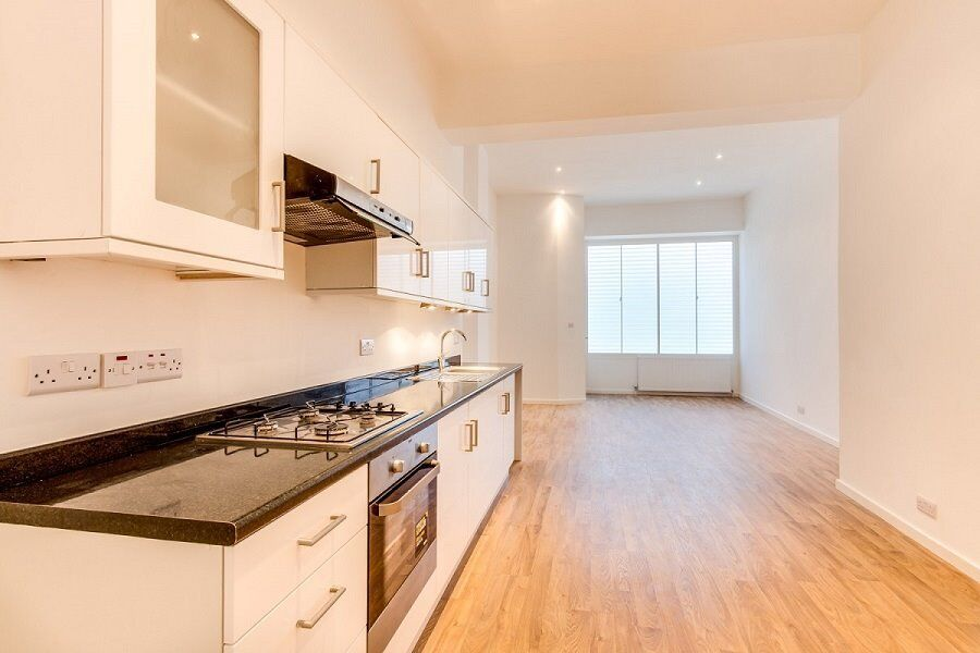 *Newly Refurbished 2 Bedroom Apartment - Old Kent Road*