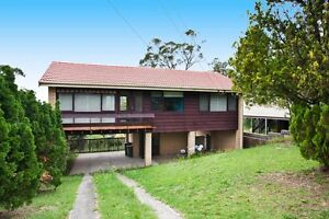 Spacious 3bd house with nice view Hazelbrook Blue Mountains Preview