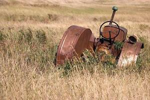 SCRAP METAL - Farm & Industrial Scrap Removal Our Specialty Regina Regina Area image 1