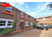 AVAILABLE FROM 30TH AUGUST- STUDENTS- 4 BEDS 3 BATH IN GATED DEVELOPMENT LOCKESFIELD PLACE