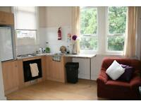 1 bedroom flat in Flat 3 - 1 Norwood Terrace