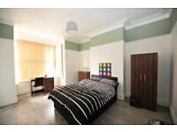 9 bedrooms in Brudenell Road, Hyde Park, Leeds LS6 1JD