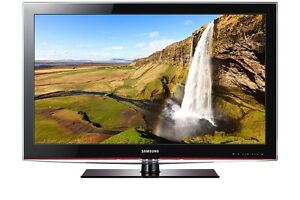 Samsung 46 inch LCD FULL HD TV, remote, stand. FREE DELIVERY.