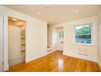 3 Bed Terraced House in East Sheen