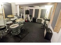 Band practice rehearsal space 24 hour access first month half price BN41